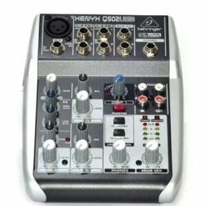 Consola Mixer Behringer Xenyx Q502usb